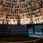انتخاب اسرائیل برای برپا داشتن یادبود هولوکاست شورش بین المللی را برانگیخته است